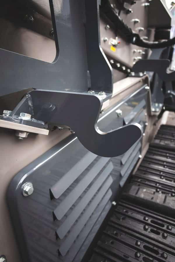 kompatto-5030-mobile-screener-close-up-3-komplet-north-america