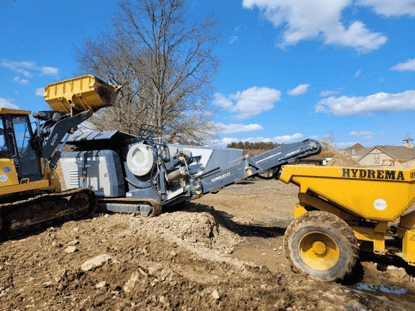 k-jc704-mobile-jaw-crusher-recycling-excavated-soil-komplet-america
