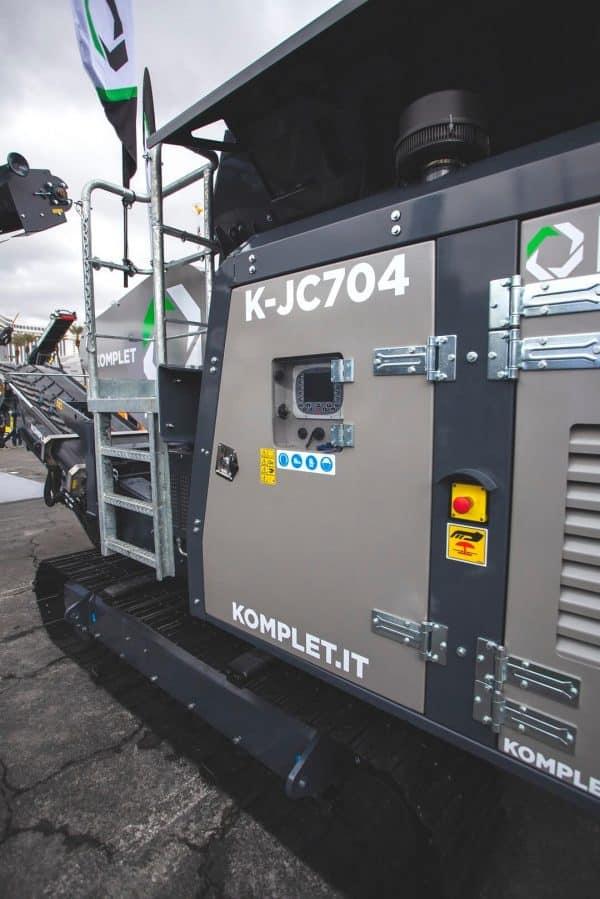 k-jc704-mobile-rock-crusher-close-up-15-komplet-north-america