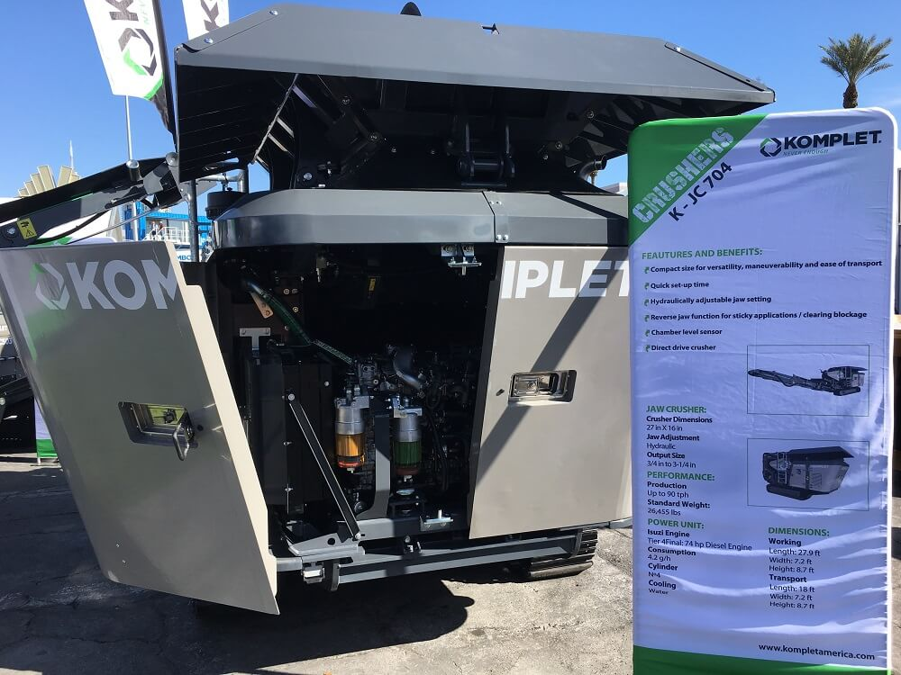 k-jc-704-jaw-crusher-engine-at-conexpoconagg-komplet-north-america