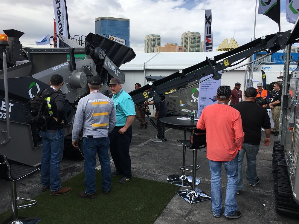 komplet-booth-during-conexpoconagg-komplet-north-america