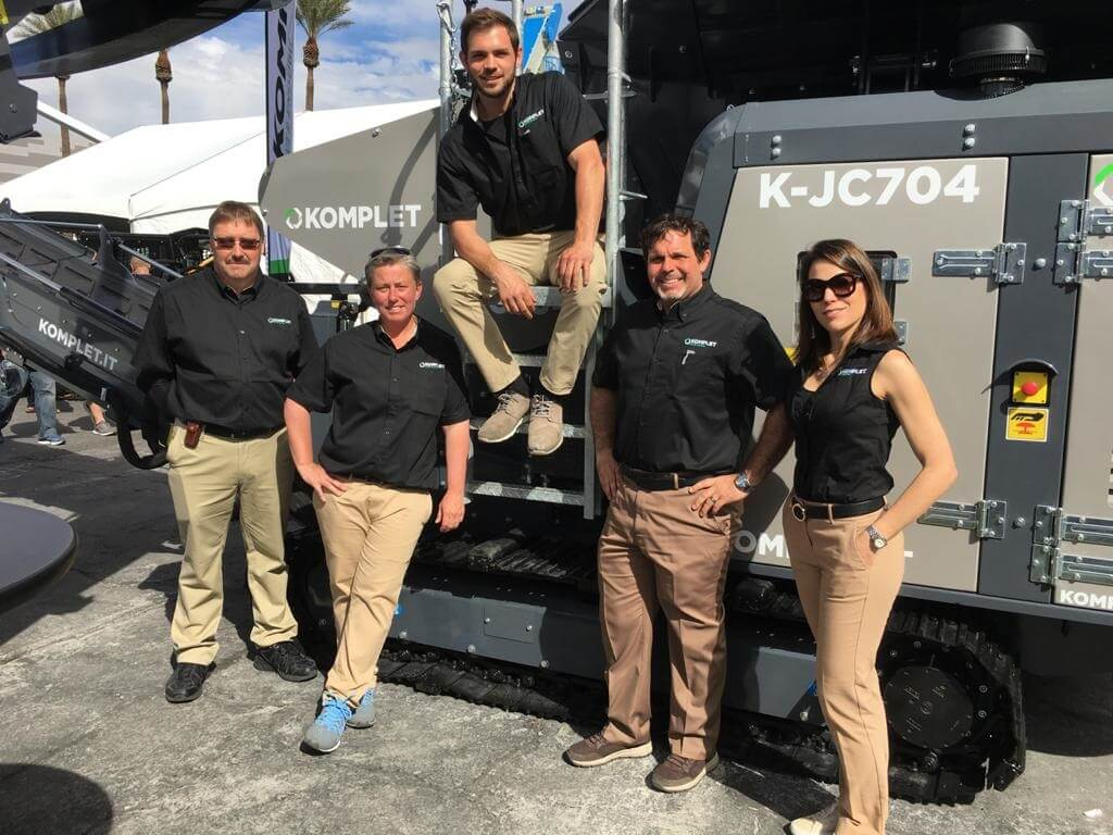 komplet-north-america-team-at-conexpoconagg-komplet-north-america
