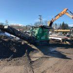 lt-7040-crusher-application-concrete-demolition-waste-from-old-gas-station-komplet-north-america