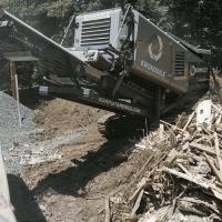 komplet-krokodile-shredder-house-demolition-komplet-north-america Mobile Shredders For C&D, Concrete, Wood, & More