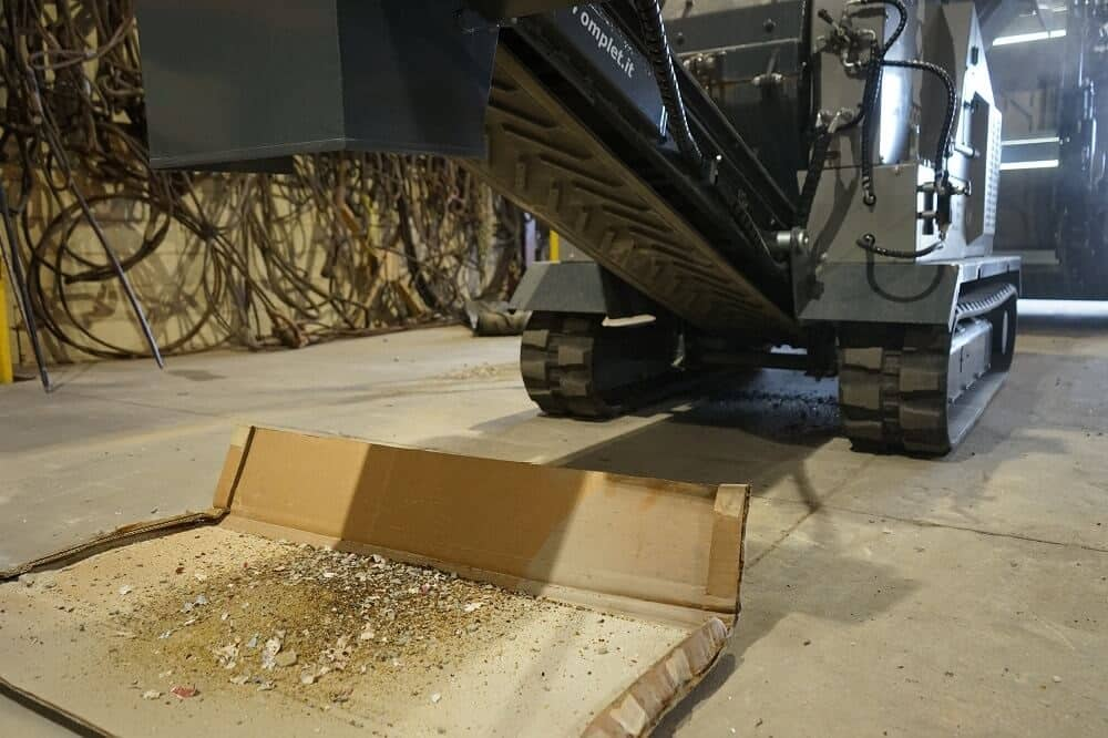 komplet-mt-5000-hammer-mill-processing-glass-bottles-komplet-north-america